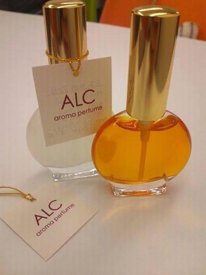 天然アロマでつくるオリジナル香水づくり講座(日本アロマパルファンヌ協会アロマブレンド体験レッスン)